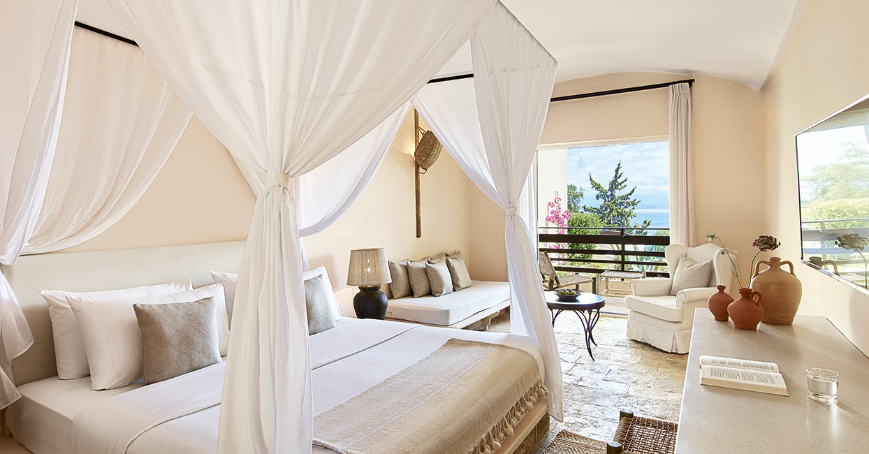 Lux me Resort Daphnila Bay Dassia in Corfu
