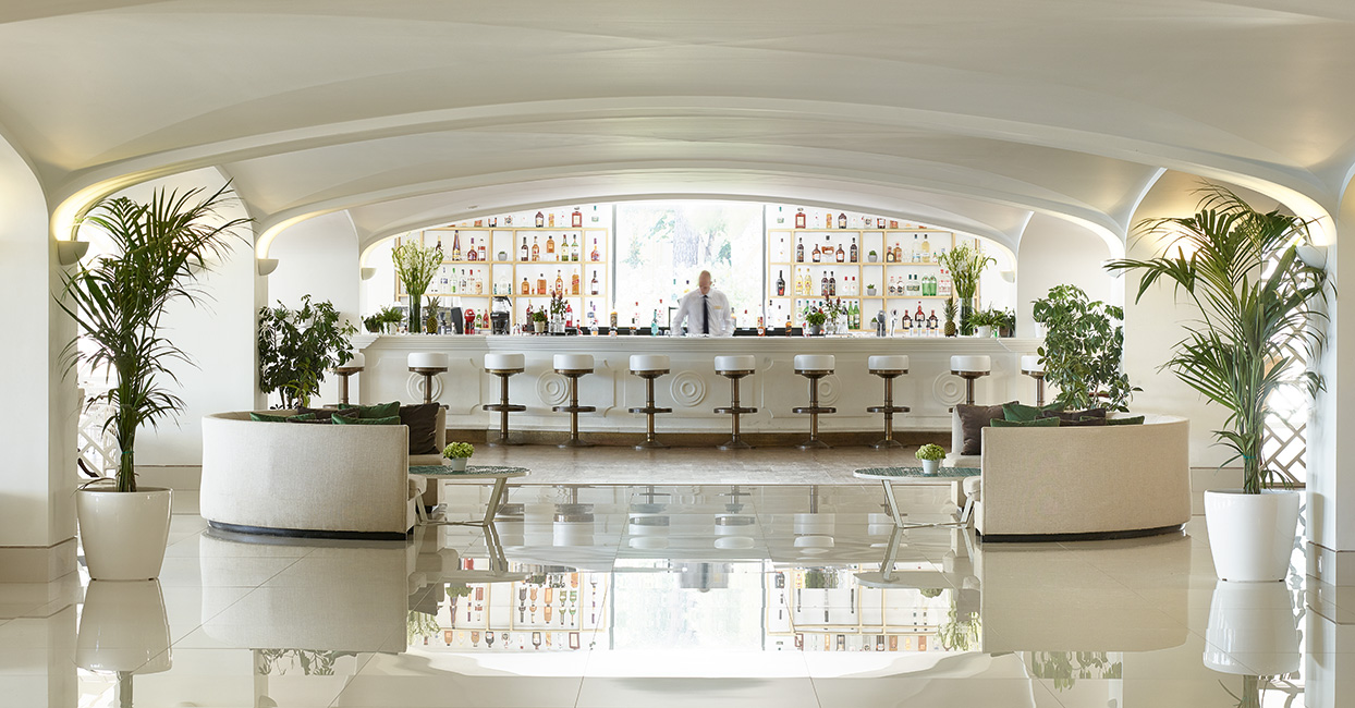 04-luxury-resort-daphnila-bay-corfu-greece