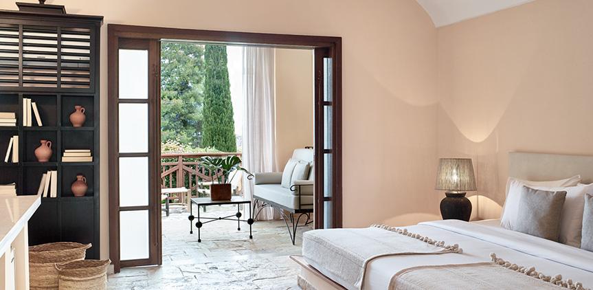 01-daphnila-bay-paradiso-family-bungalow-accommodation