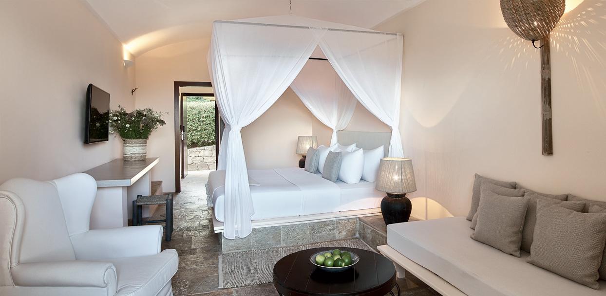 02-daphnila-bungalow-luxury-accommodation-corfu