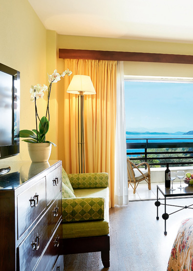 Superior-Room-Sea-View-and-Private-Balcony-Daphnila-Bay