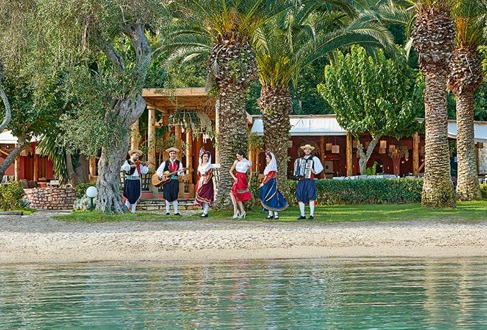Entertainment-at-All-Inclusive-resort-Daphnila-Bay-Dassia-NEW