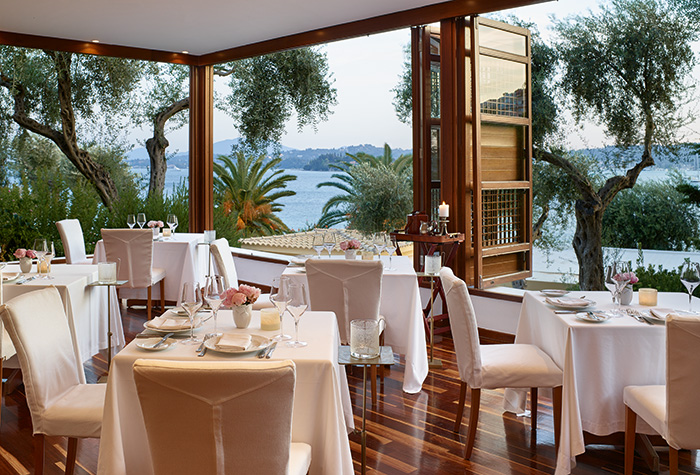 01-aristos-restaurant-corfu-imperial-hotel