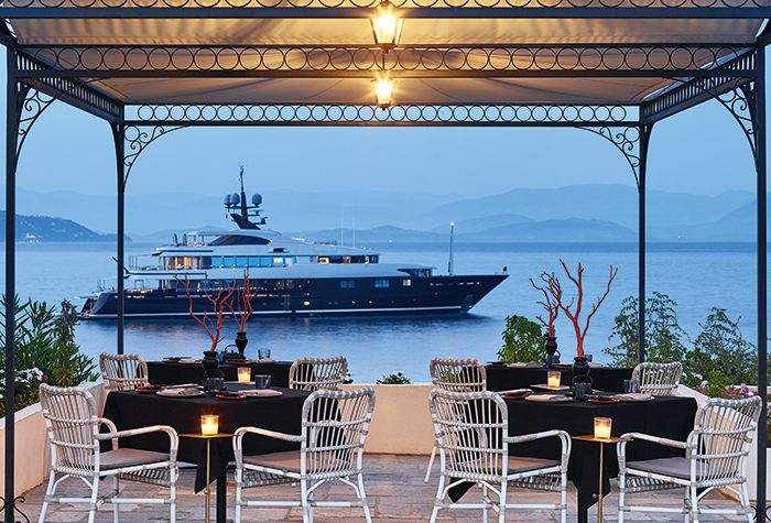 Corfu-Imperial-Asian-Restaurant-dining