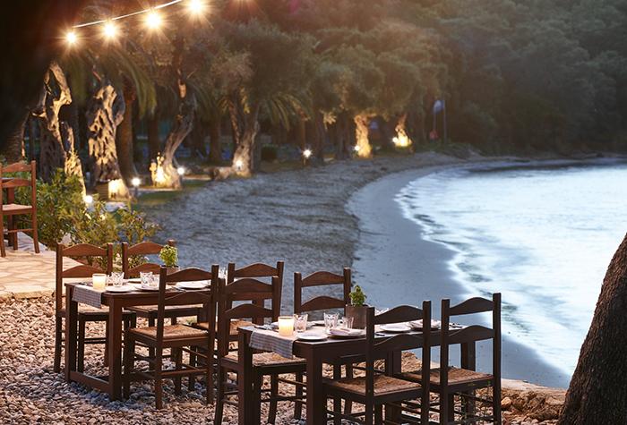 03-daphnila-bay-seafront-restaurant