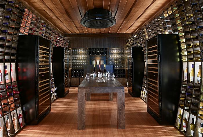 daphnila-bay-dassia-wine-tasting-room