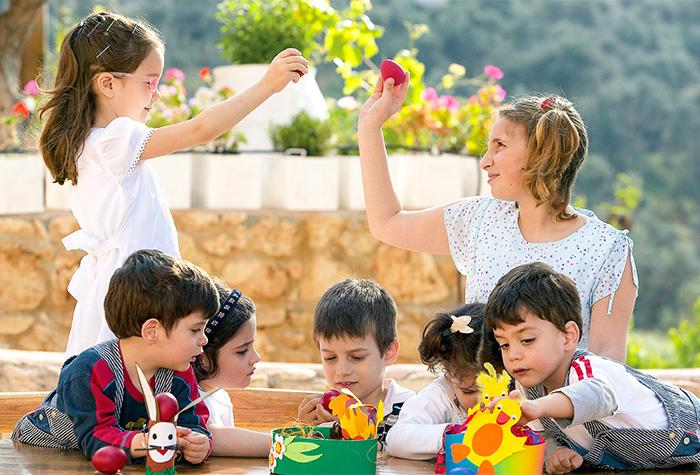 lux-me-daphnila-bay-dassia-free-kids-stay-dining-activities-in-corfu