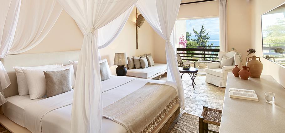 daphnila-bay-dassia-bungalows-accommodation-in-corfu-island