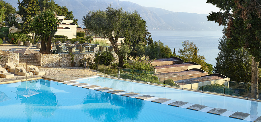 daphnila-bay-dassia-pool-swimming-corfu-island