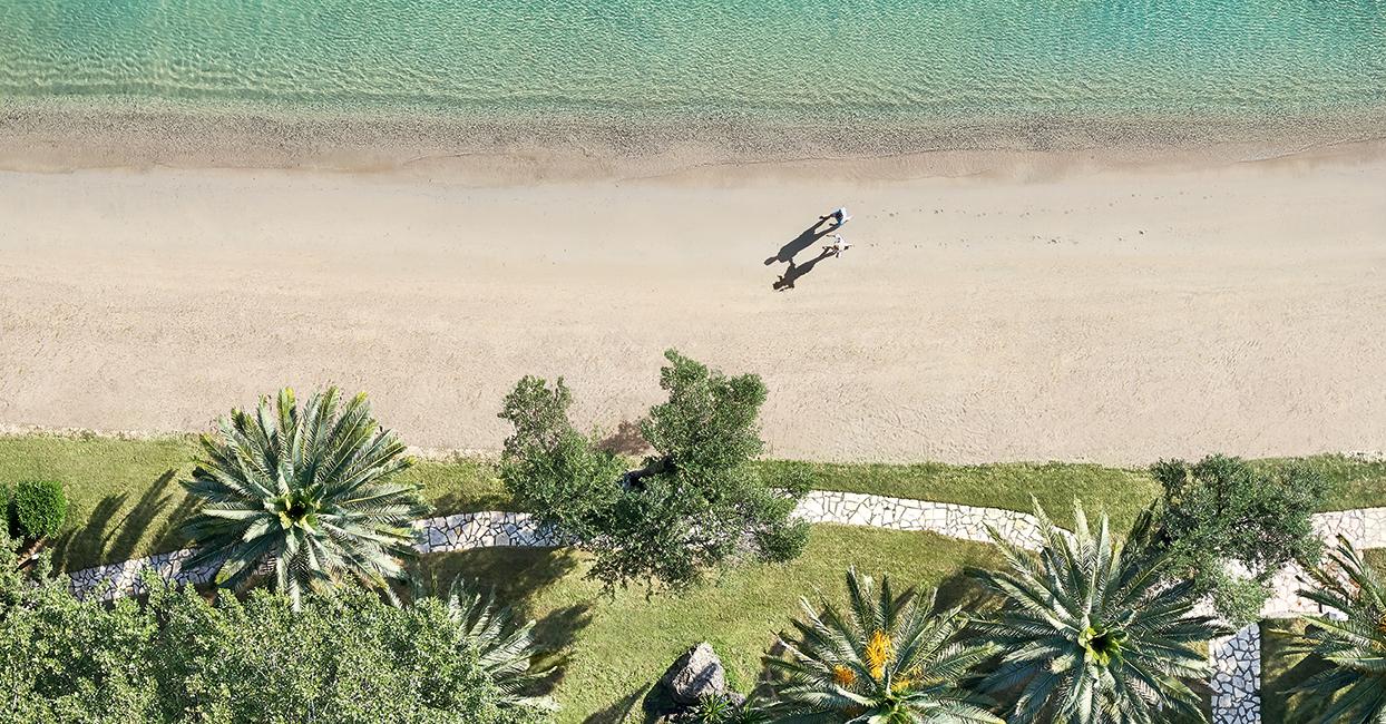 Daphnila Bay Dassia luxury holidays