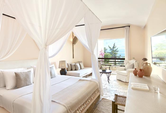 02-All-Inclusive-Family-Accommodation-in-Corfu-Island-daphnila-bay