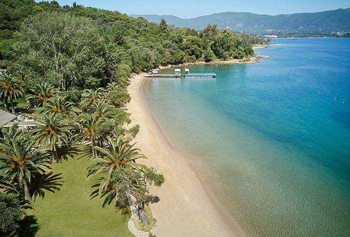 Watersports-and-Entertainment-at-Daphnila-Bay-Dassia-Corfu