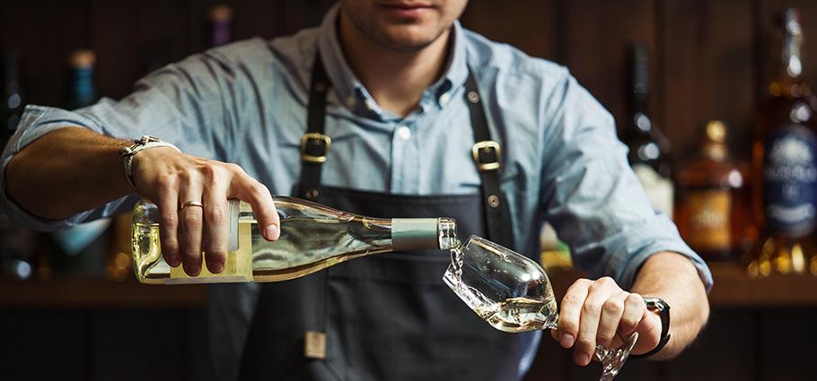Sommerlier-a-wide-range-of-premium-brands-and-cocktails