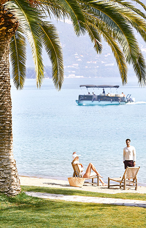 02-relaxed-beach-holidays-in-corfu-daphnila-bay