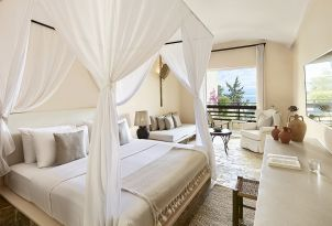 08-luxury-accommodation-in-corfu-daphnila-bay-dassia