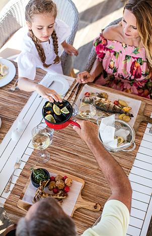 10-Daphnila-Bay-Dassia-Luxury-All-inclusive-dining-Resort