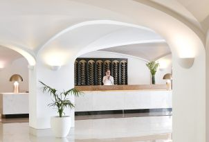 10-services-daphnila-bay-resort-corfu