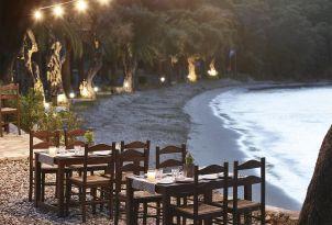 17-seafront-dining-corfu-daphnila-bay-dassia