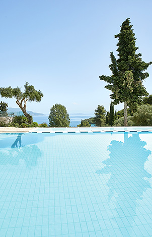 18-daphnila-bay-luxury-hotel-corfu-island