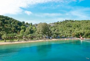 19-daphnila-bay-resort-in-corfu