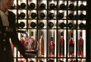32-sommelier-wine-tasting-corfu-daphnila-bay