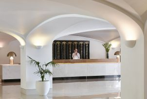 44-services-daphnila-bay-resort-corfu